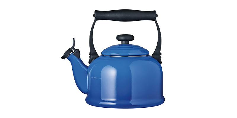 Le Creuset Traditional Stove Top Kettle with Whistle