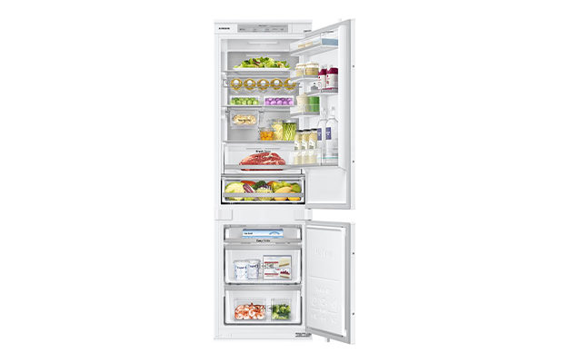Samsung Chef Collection BRB260087WW Integrated 70-30 Frost Free Fridge Freezer